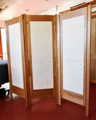 My first time creating a tri-fold Shoji screen. Cherry wood with Japanese shoji paper.   #finefurniture #handmade #custom #woodworking #japanese #interiordesign #screen #privacyscreen #shoji #ricepaper #interior123 #interior